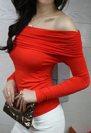 цыганский вырез, открывающий плечи